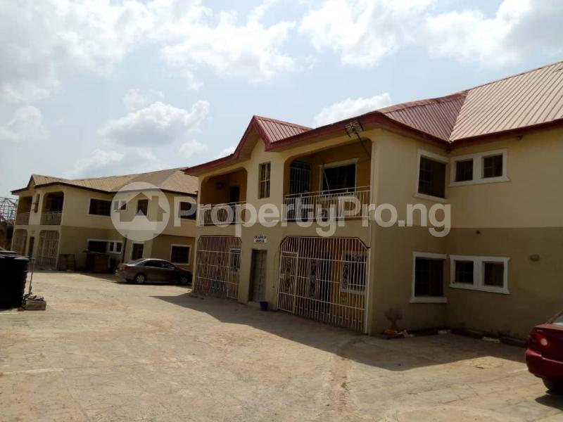 3 bedroom Shared Apartment Flat / Apartment for rent Peluseriki  Akala Express Ibadan Oyo - 1