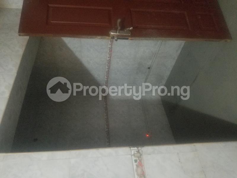 4 bedroom Semi Detached Duplex House for rent Balogun close off sholanke road Ajao Estate Isolo Lagos - 6