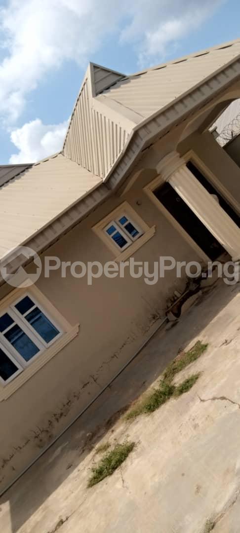 4 bedroom Detached Bungalow House for rent Oke Ibukun Estate Elebu. Akala Express Ibadan Oyo - 8