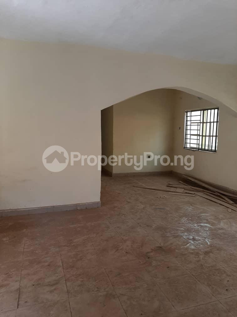 3 bedroom Blocks of Flats House for rent unity estate at alakuko Alagbado Abule Egba Lagos - 3
