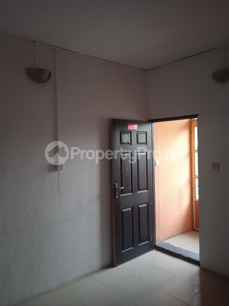 1 bedroom mini flat  Flat / Apartment for rent Babatunde Street Ogunlana Surulere Lagos - 0