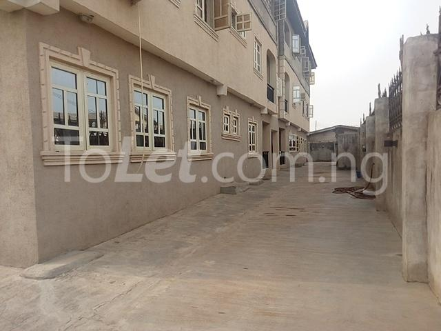 2 bedroom Flat / Apartment for rent Ekoro Road Abule Egba Lagos - 22