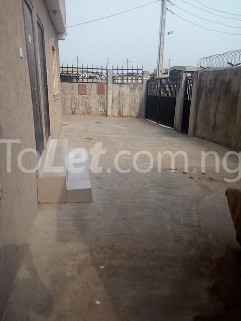 2 bedroom Flat / Apartment for rent Ekoro Road Abule Egba Lagos - 21
