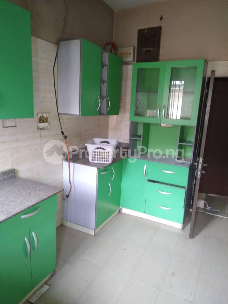 5 bedroom Detached Duplex for rent Ogunlana Surulere Lagos - 3