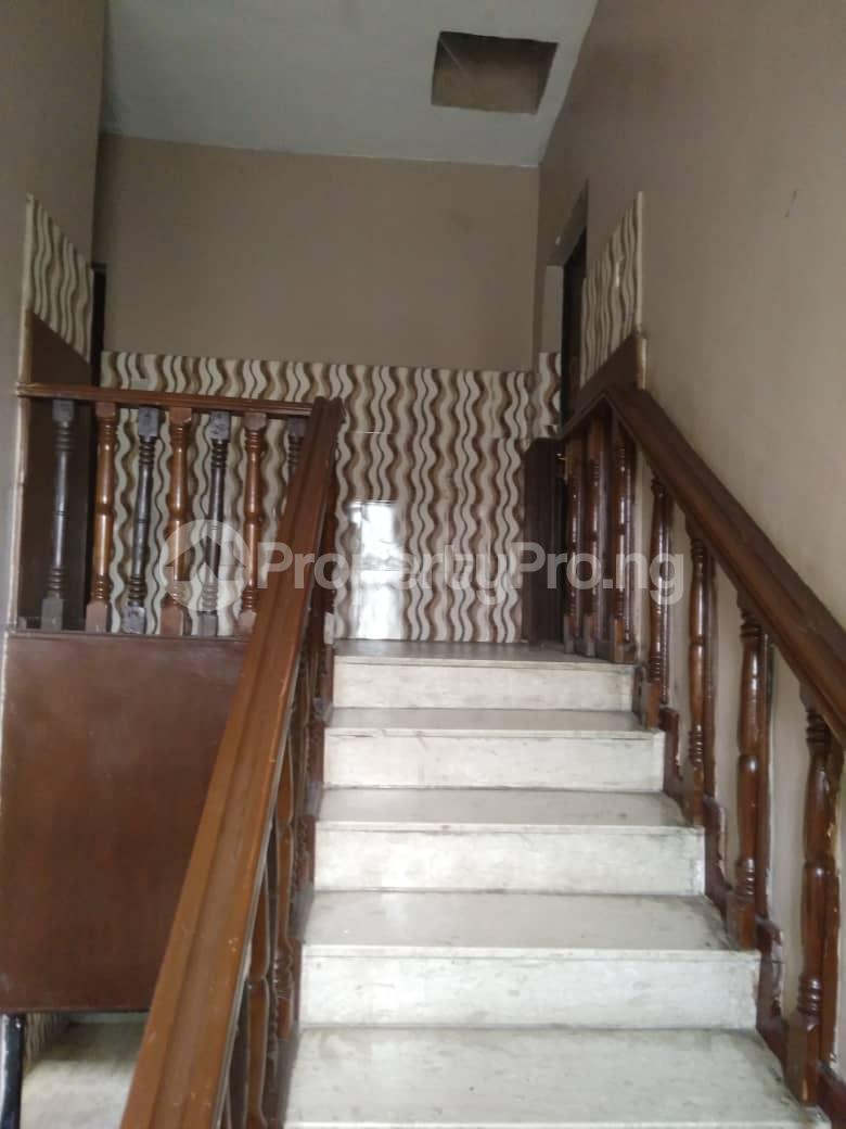 5 bedroom Detached Duplex for rent Ogunlana Surulere Lagos - 5