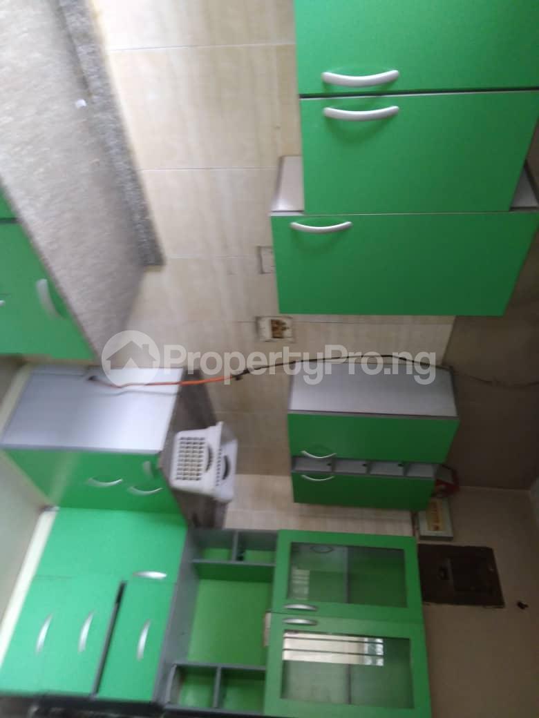5 bedroom Detached Duplex for rent Ogunlana Surulere Lagos - 4