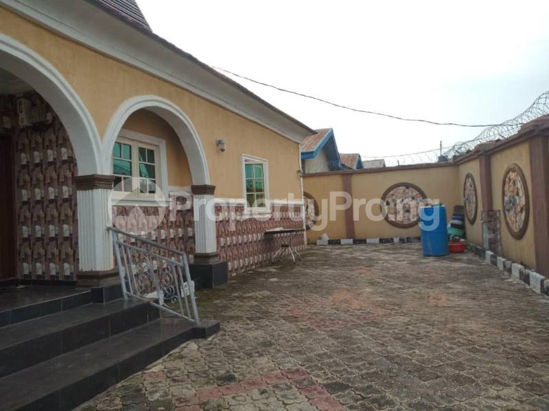 3 bedroom Blocks of Flats House for rent Asaju Area Odo ona Elewe Ibadan. Akala Express Ibadan Oyo - 2