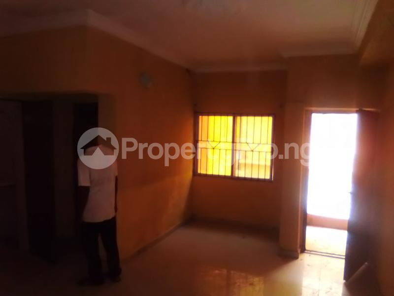 2 bedroom Flat / Apartment for rent Fola Agoro Yaba Lagos - 4