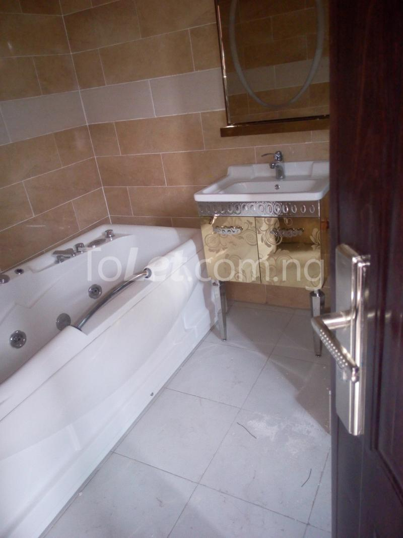 5 bedroom House for sale On Emmanuel Keshi Street Magodo GRA Phase 2 Kosofe/Ikosi Lagos - 7