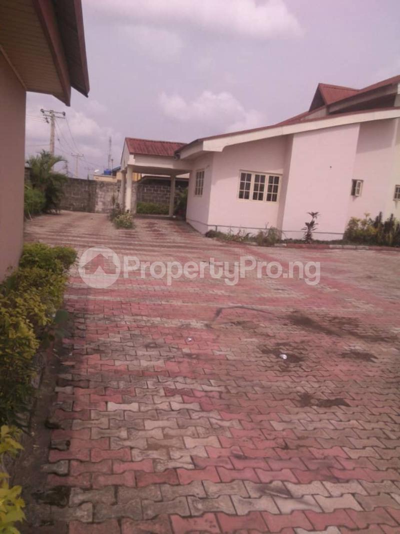 5 bedroom Detached Duplex House for sale Fishpond Area Agric  Agric Ikorodu Lagos - 18