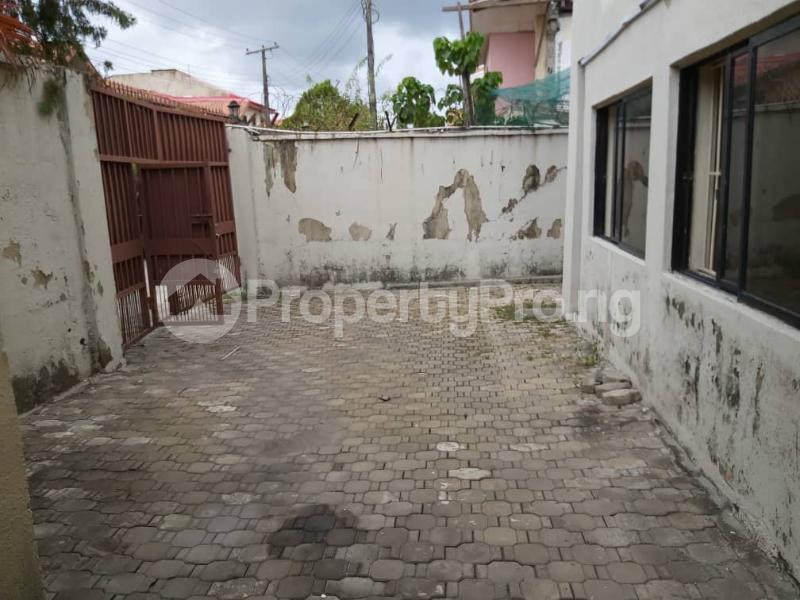 3 bedroom Semi Detached Duplex for sale Mobolaji Johnson Estate Lekki Phase 1 Lekki Lagos - 2