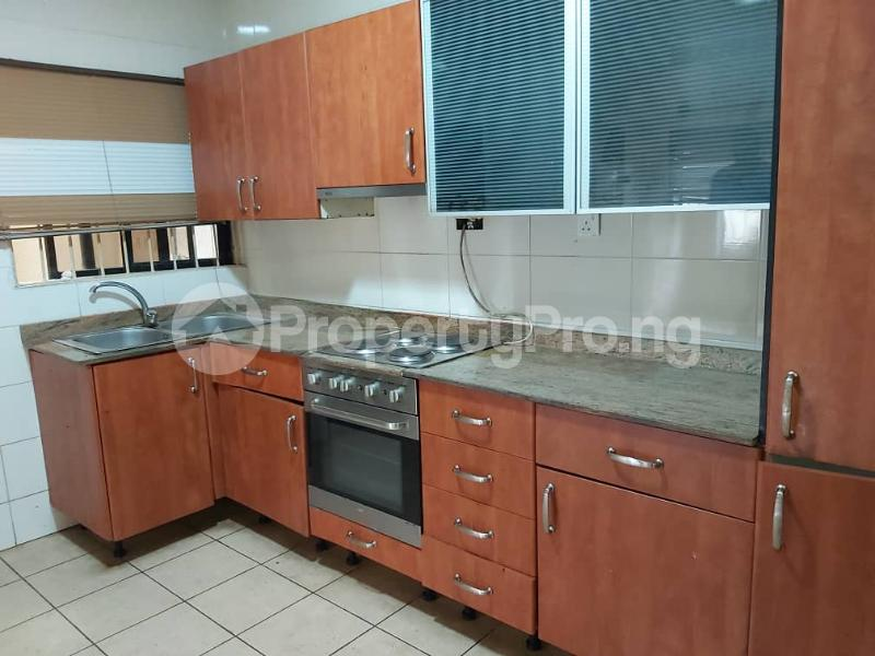 3 bedroom Semi Detached Duplex for sale Mobolaji Johnson Estate Lekki Phase 1 Lekki Lagos - 3