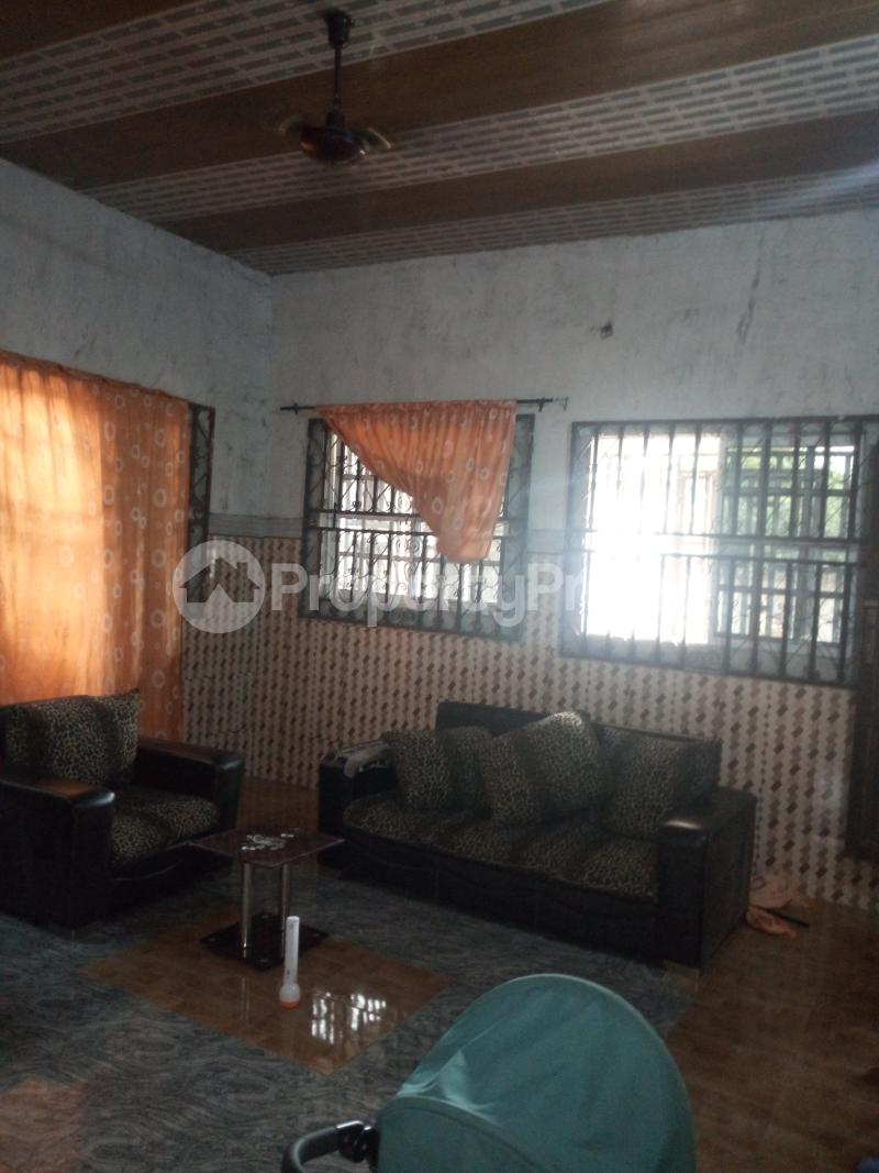 3 bedroom Detached Bungalow House for sale Ozuoba off NTA Rd Magbuoba Port Harcourt Rivers - 9