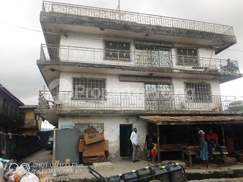 2 bedroom Flat / Apartment for sale Off Ogunlana ijesha Ijesha Surulere Lagos - 0