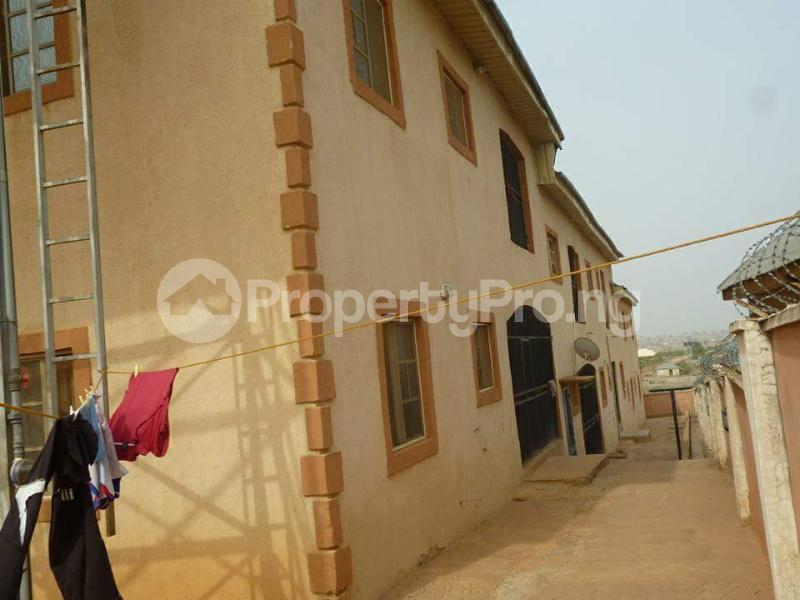 2 bedroom Blocks of Flats House for sale Jukwoyi Sub-Urban District Abuja - 13