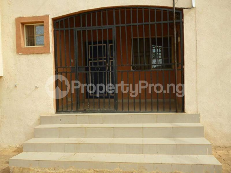 2 bedroom Blocks of Flats House for sale Jukwoyi Sub-Urban District Abuja - 12