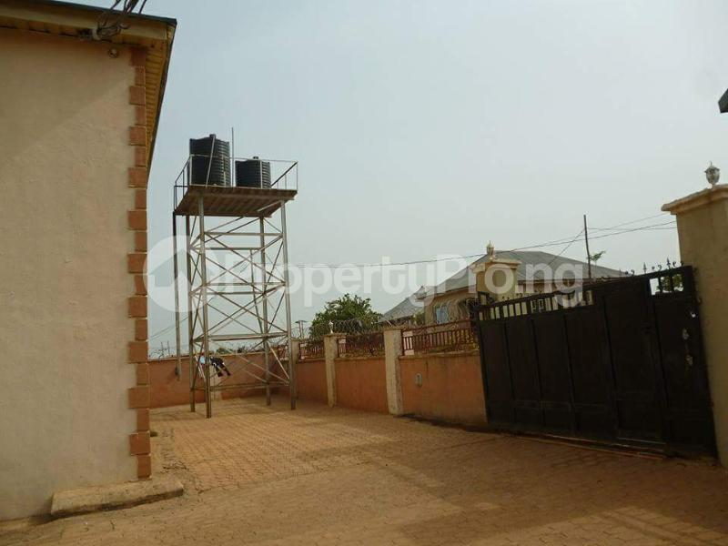 2 bedroom Blocks of Flats House for sale Jukwoyi Sub-Urban District Abuja - 11