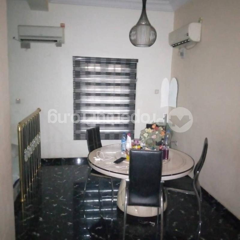 5 bedroom Blocks of Flats House for rent magpdo phase 2,shangishan Magodo GRA Phase 2 Kosofe/Ikosi Lagos - 2