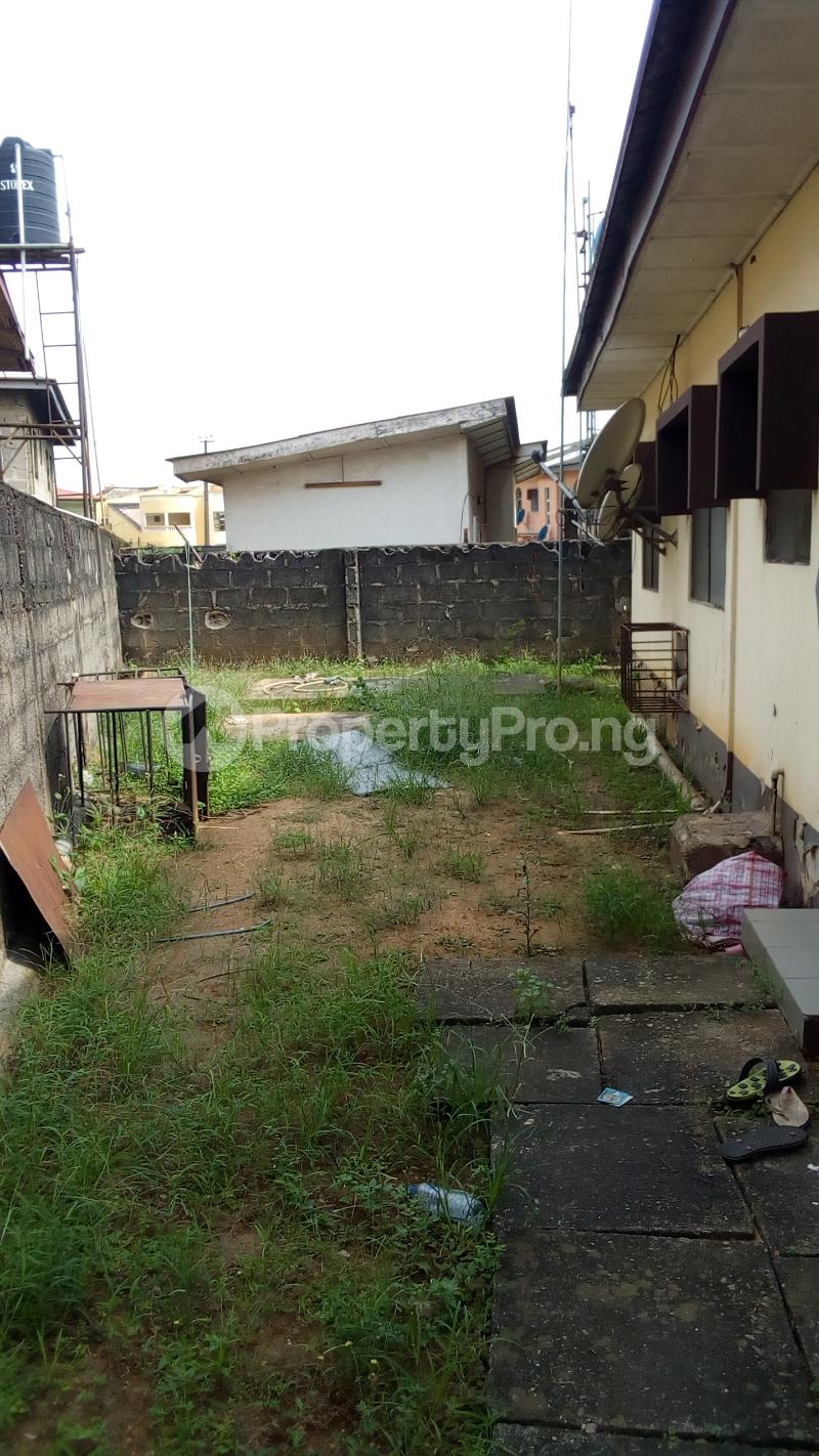3 bedroom Detached Bungalow House for sale Medina Estate Atunrase Medina Gbagada Lagos - 3