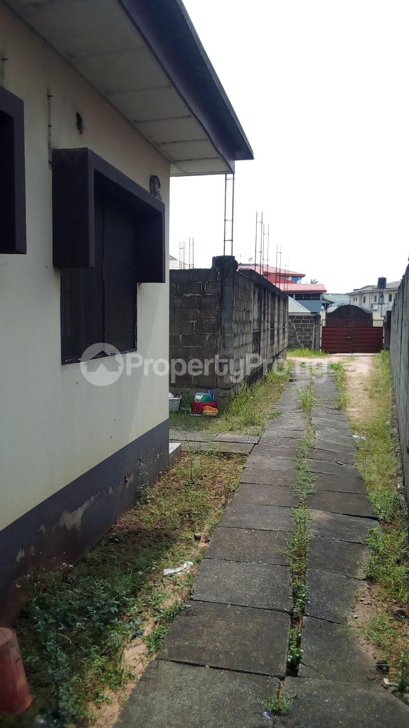 3 bedroom Detached Bungalow House for sale Medina Estate Atunrase Medina Gbagada Lagos - 2