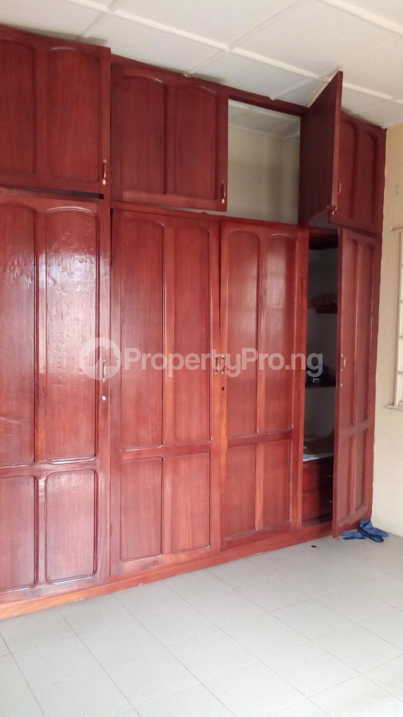 3 bedroom Detached Bungalow House for sale Medina Estate Atunrase Medina Gbagada Lagos - 12