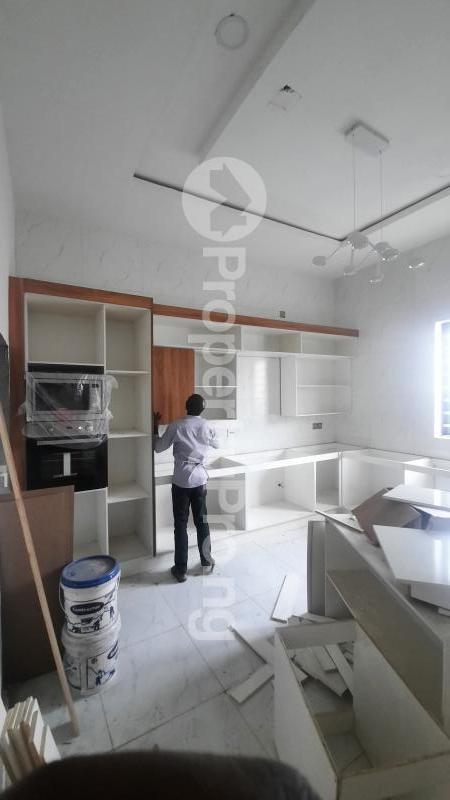 4 bedroom Detached Duplex House for sale 2nd toll gate chevron Lekki Lagos - 2