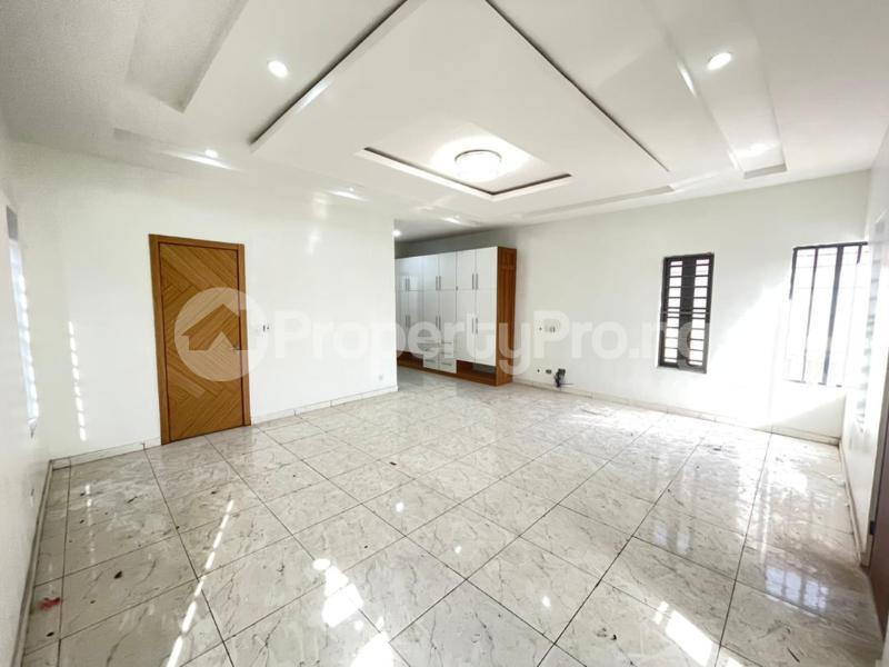 5 bedroom Detached Duplex for sale chevron Lekki Lagos - 1