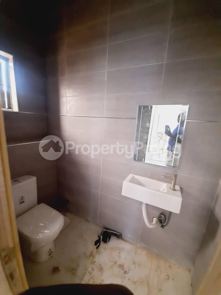 4 bedroom Semi Detached Duplex House for sale Ajah Thomas estate Ajah Lagos - 5
