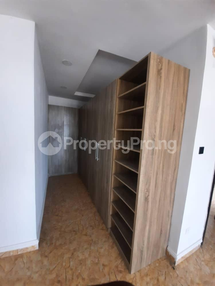 4 bedroom Semi Detached Duplex House for sale Ajah Lekki Phase 2 Lekki Lagos - 7