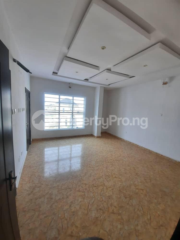 4 bedroom Semi Detached Duplex House for sale Ajah Lekki Phase 2 Lekki Lagos - 5