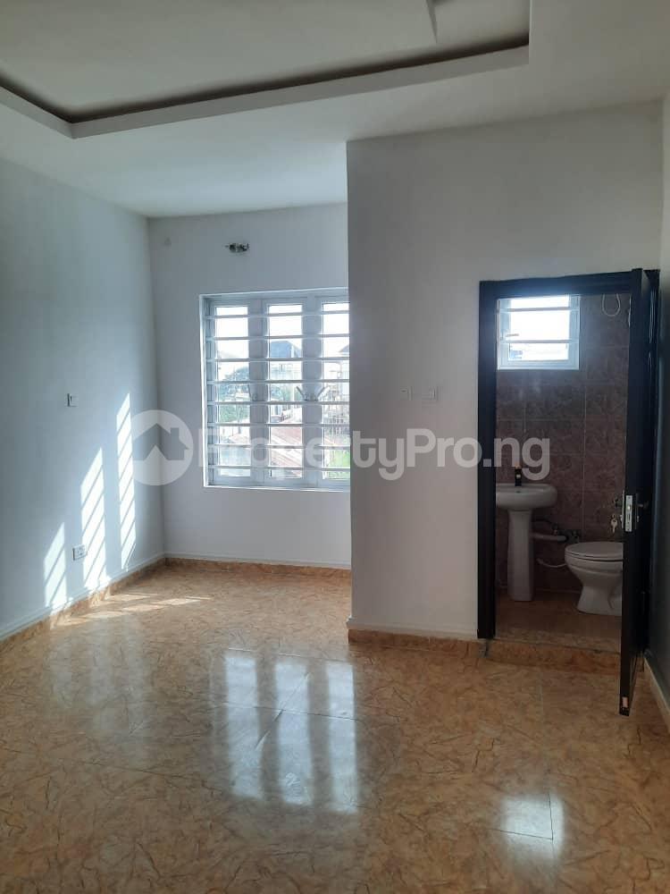 4 bedroom Semi Detached Duplex House for sale Ajah Lekki Phase 2 Lekki Lagos - 6