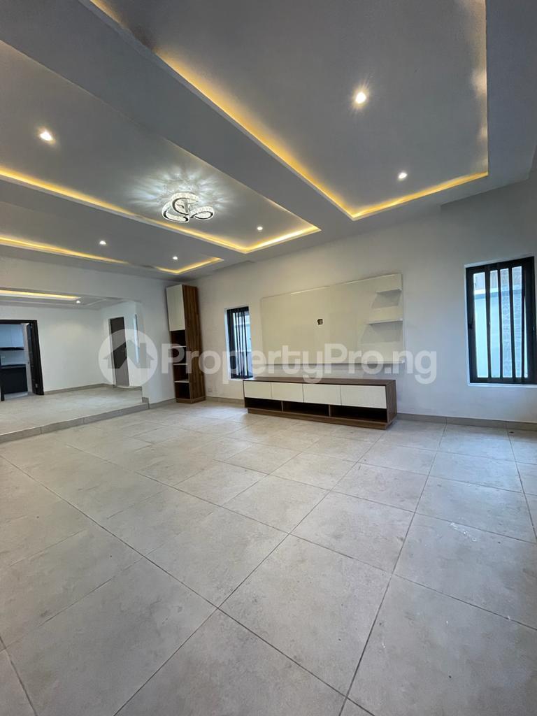 4 bedroom Detached Duplex for sale chevron Lekki Lagos - 1