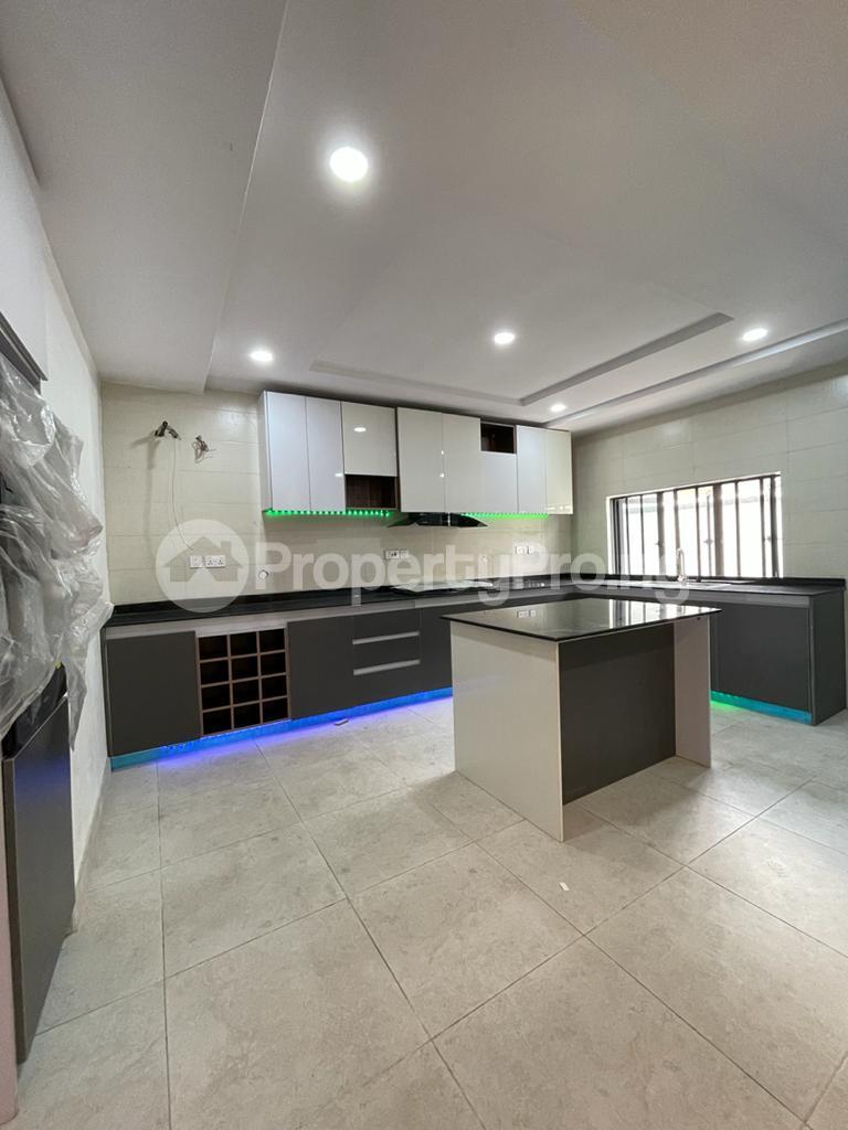 4 bedroom Detached Duplex for sale chevron Lekki Lagos - 5