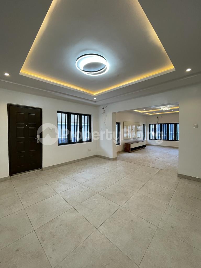 4 bedroom Detached Duplex for sale chevron Lekki Lagos - 2