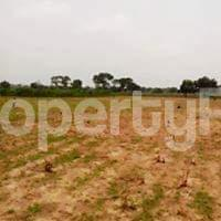 Residential Land Land for sale Upper Ekenhuan Road, After Ekenuan Road Barrack, Benin City. Ovia South-East Edo - 0