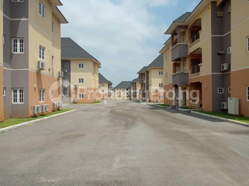 10 bedroom Detached Duplex House for sale Kubwa very near Nigeria Army estate scheme FCT Abuja Nigeria Kubwa Abuja - 5
