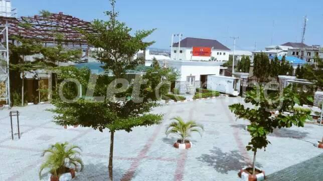 8 bedroom Commercial Property for sale Gwarinpa Gwarinpa Abuja - 3