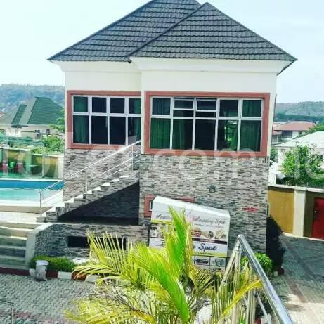 8 bedroom Commercial Property for sale Gwarinpa Gwarinpa Abuja - 0