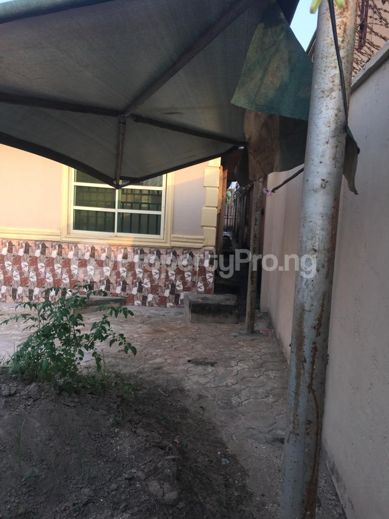 3 bedroom Flat / Apartment for sale Baruwa ipaja Baruwa Ipaja Lagos - 9
