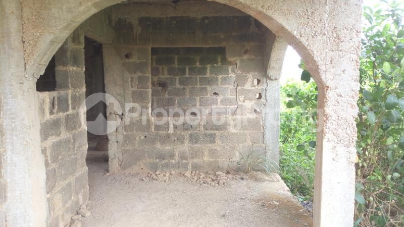 3 bedroom Blocks of Flats House for sale Olomu Estate Agric Ikorodu Lagos - 3