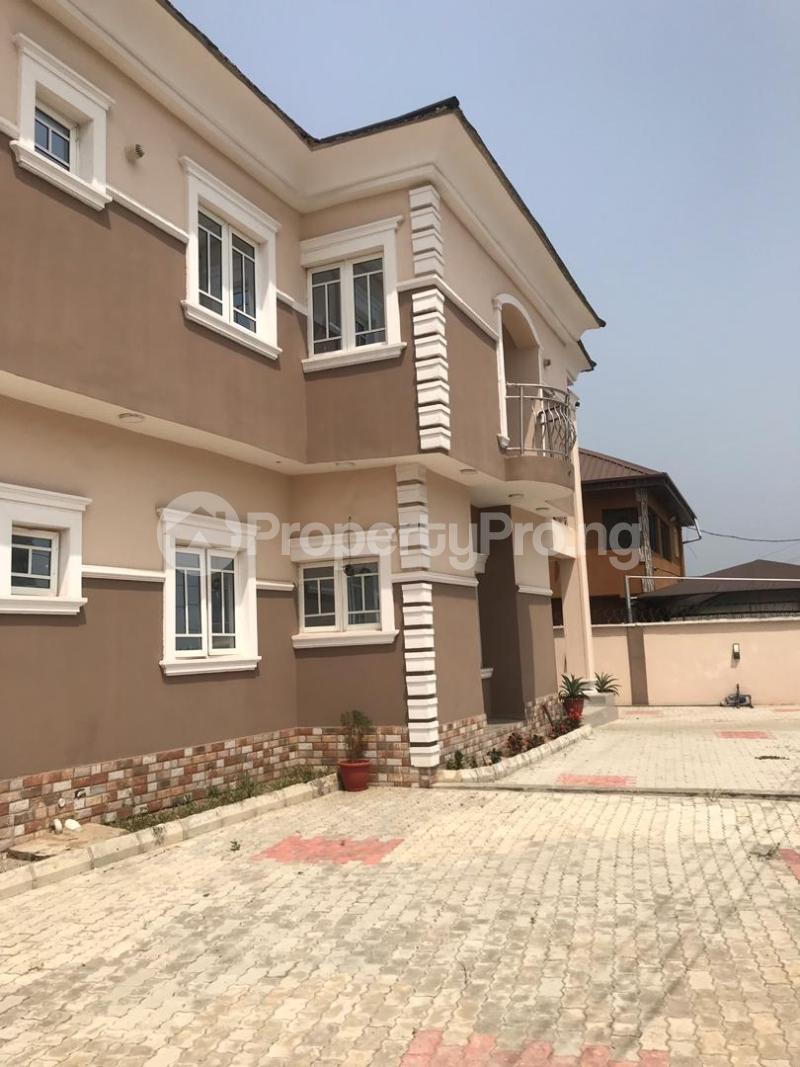 4 bedroom Detached Duplex House for sale CHURCH STREET KETU ALAPERE  Ketu Lagos - 7