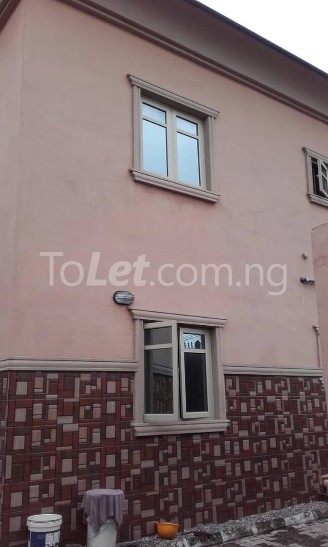 2 bedroom Flat / Apartment for rent Off Adelabu Adelabu Surulere Lagos - 0