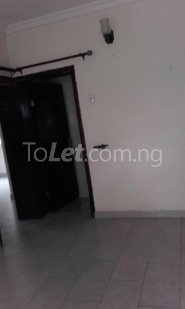 2 bedroom Flat / Apartment for rent Off Adelabu Adelabu Surulere Lagos - 1