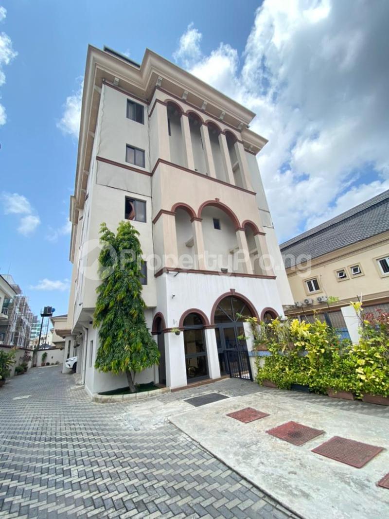 4 bedroom Flat / Apartment for rent Banana Island Ikoyi Lagos - 1