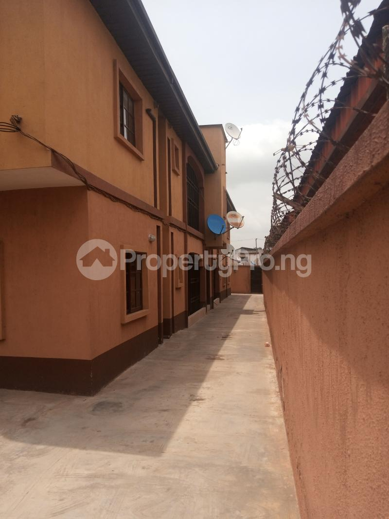 3 bedroom Self Contain Flat / Apartment for rent Oja -omo street off Agboyi road Alapere Alapere Kosofe/Ikosi Lagos - 2