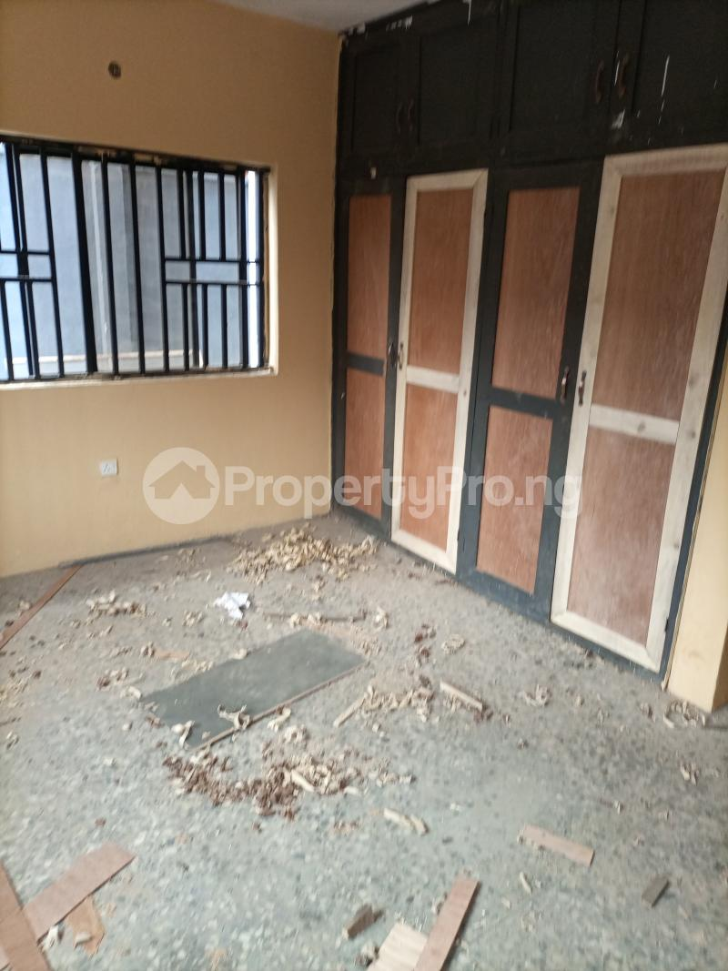 3 bedroom Flat / Apartment for rent Jemtok Ago palace Okota Lagos - 2