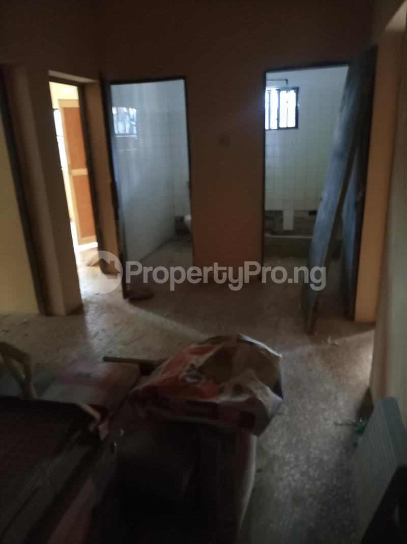3 bedroom Flat / Apartment for rent Jemtok Ago palace Okota Lagos - 6