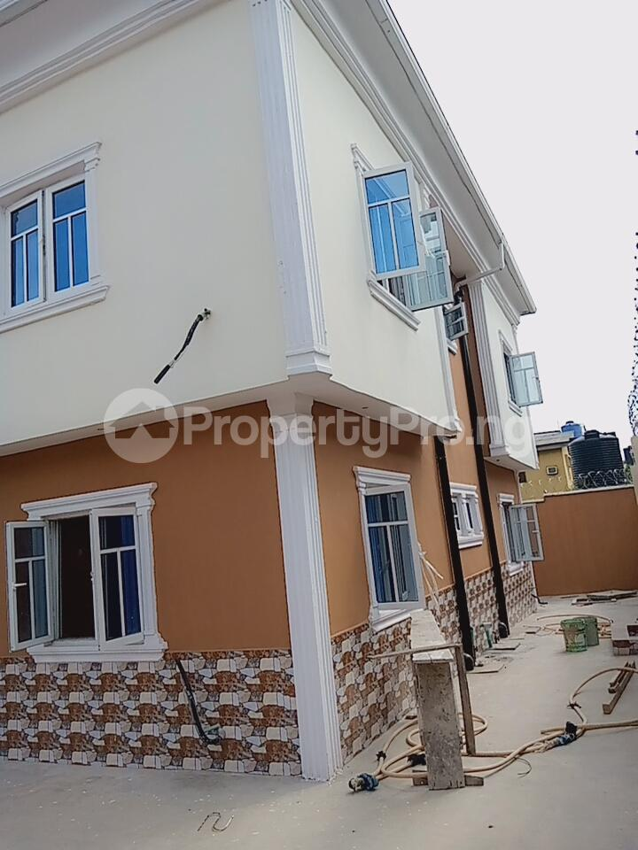 3 bedroom Self Contain Flat / Apartment for rent Gemade Estate. Egbeda Alimosho Lagos - 2