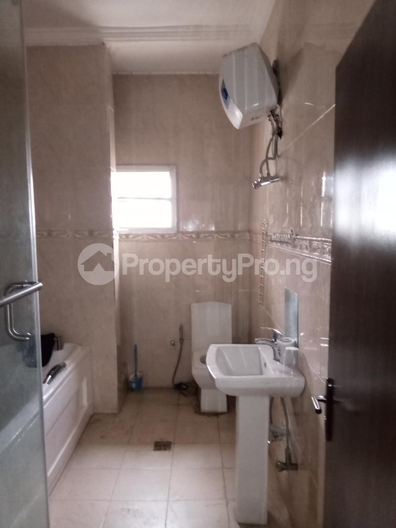3 bedroom Flat / Apartment for rent Yabatech Yaba Lagos - 2