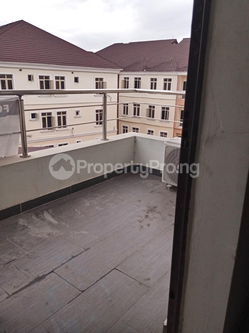 3 bedroom Flat / Apartment for rent Yabatech Yaba Lagos - 1